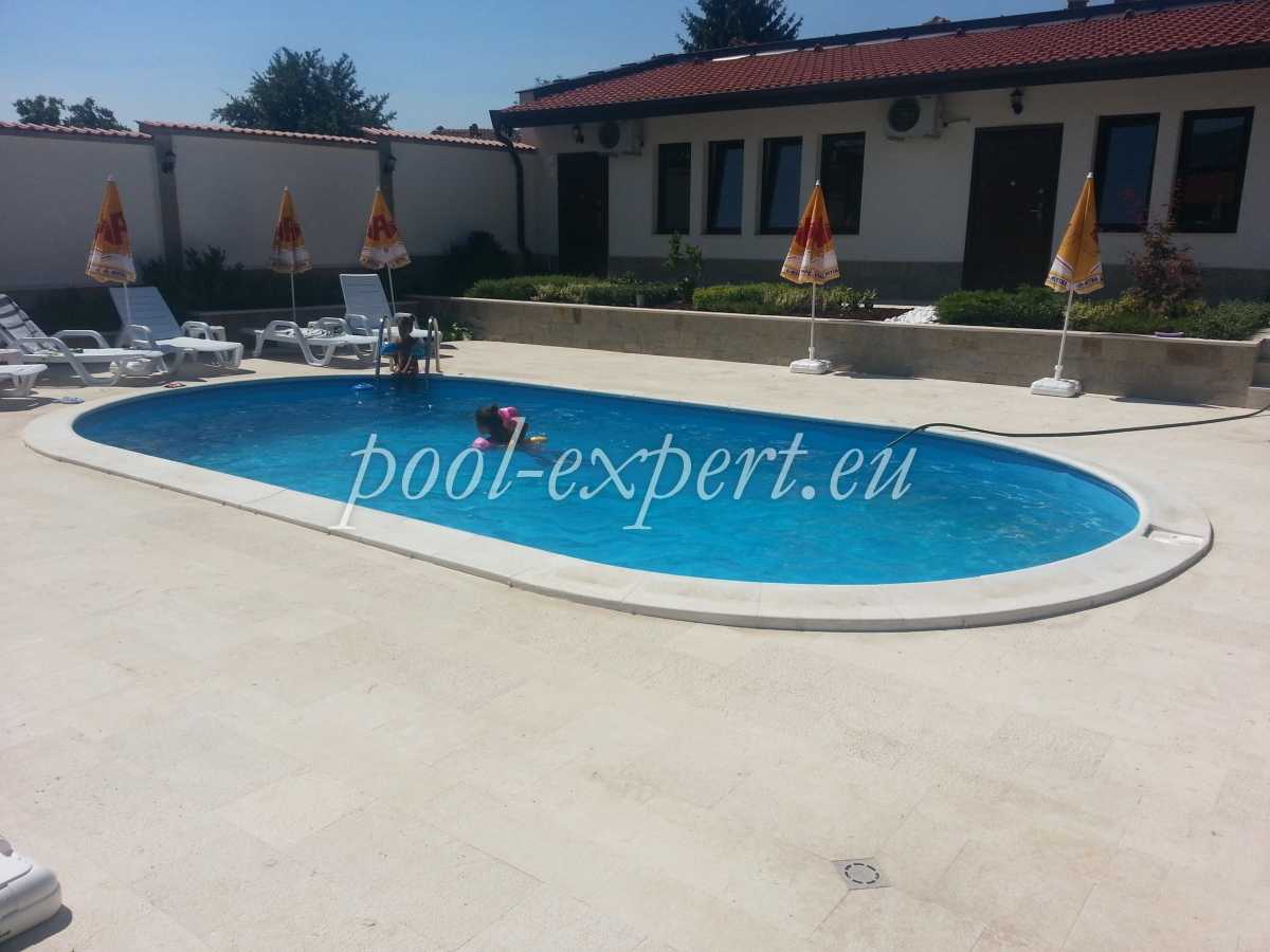 Prefabricated swimming pool oval form, 800 x 400 x 150 cm ...
